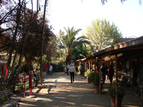 Una foto de Los Domínicos en Santiago de Chile.